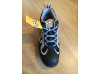 JCB Work Trainer/Boot-Boxed unworn-Size 7 Please see Pictures for Item Description.