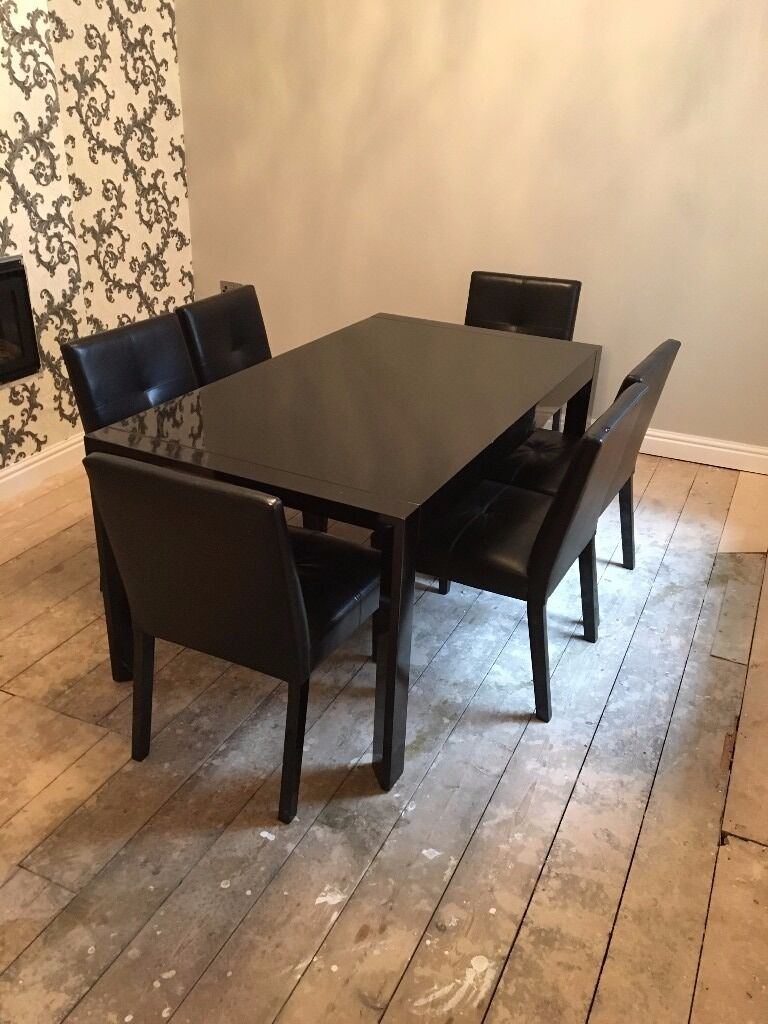 Black gloss dining table and 6 chairs fiji high gloss for Black dining table and 6 chairs