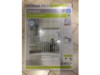 Lindam Extending Metal Wall Fix Child Safety Stair Gate 63.5-102cm Max - Boxed & Unused