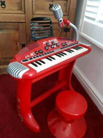 Children's keyboard and chair