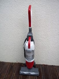 SAMSUNG LIFT N' CLEAN 2 IN 1 BAGLESS UPRIGHT VACUUM INCLUDES TOOLS, CLEANED, TESTED. GREAT SUCTION