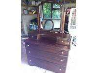 Dressing table with drawers and mirror
