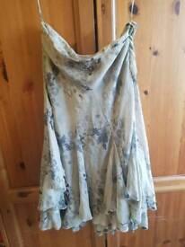 Noli size 8 100% silk floaty midi skirt