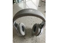 HEADPHONES BLUEDIO H-TURBINE WIRELESS IN WHITE
