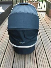Carry cot Mamas & Pappas