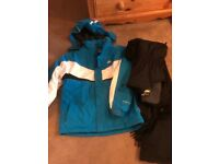 Boys Trespass Ski Suit- (Age 11-12) used on one holiday for 5 days skiing.