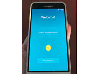 Samsung Galaxy J3 in White 8GB Excellent / Perfect condition **UNLOCKED** *BARGAIN* **REDUCED**