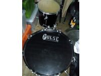 Pulse complete drum kit with stool