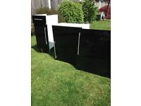 High gloss black kitchen doors and drawer fronts