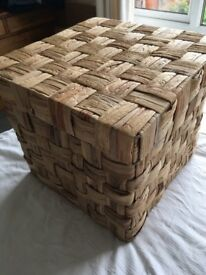 Storage basket boxes