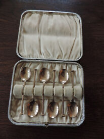 Vintage Set of six Silver Plate Guilt Coffee Spoons by James Dixon & Son