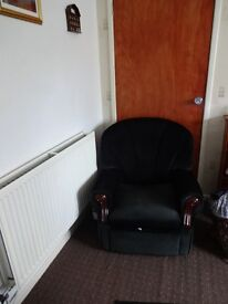 3 seater Sofa and 2 amrchairs