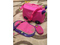 Pink Trunki, saddle bag and bottle holder