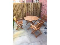 Austin Octagonal Garden Table c/w 4 Folding Chairs with Armrests