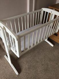 White wood baby's crib