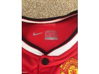 Manchester United child's shirt