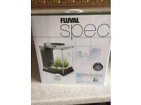 Great Fluval Spec Small Aquarium / Fish Tank