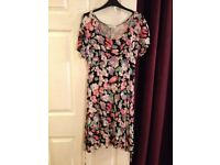 Beautiful Black Floral Dress - Size 10 - EXCELLENT CONDITION - £15 ono