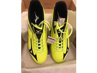 Brand new, in box Mizuno Basara 002 firm ground in black & yellow football boots