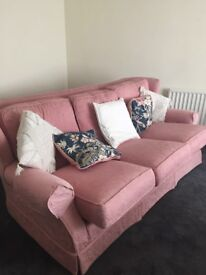 Free sofa, chair and poufee