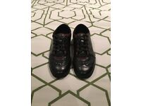 Mens genuine Gucci trainers size 7