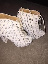 Jeffrey Campbell lita scull only worn once size 3