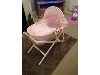 mamas and papas pink white moses basket and deluxe stand