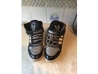 Addidas shoes size 8 in good condition