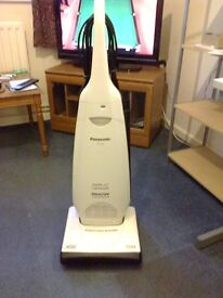 Upright Panasonic vacuum cleaner. Super lightweight 1900w Edge Cleaning. £15.00 ONO.