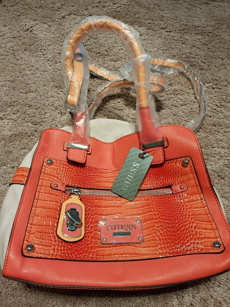 GUESS Genuine Ladies Hand Bag brand new  f209375fe8df8