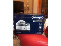 DELONGHI FH1363 MULTIFRY MULTICOOKER BRAND NEW IN SEALED BOX ONE YEAR GUARANTEE.