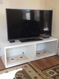 White TV Bench