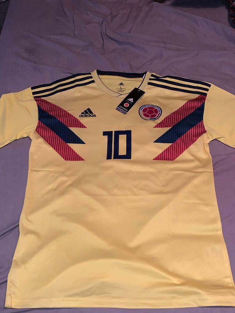 reputable site 410eb 3d8a5 Colombia Football Shirt World Cup 2018 James 10 Large Size | in Hall Green,  West Midlands | Gumtree