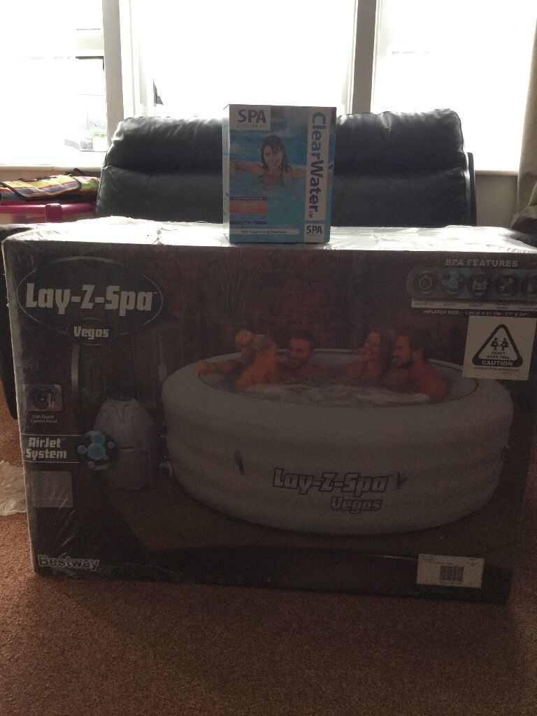 Brand new sealed lazy spa vegas hot tub with brand new for Z furniture las vegas