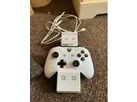 Xbox one controller with charging dock station