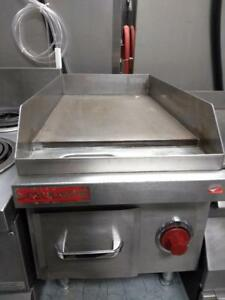 Garland Heavy Duty Electric Griddles - Commercial Restaurant Food Equipment