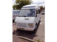 Campervan: Renault Trafic as camper, low mileage, quick sale