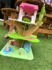 Rosebud Cottage treehouse