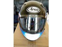 ARAI SIGNET GT MOTORCYCLE HELMET.