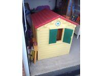 Tiny tykes play house