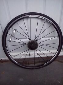 Bontrager aero rear wheel 10-speed lightweight quality Q/R complete with punctureproof tyre and tube