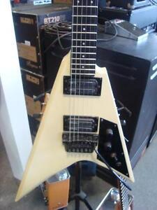 Guitare électrique Ibanez pro line pr 1660