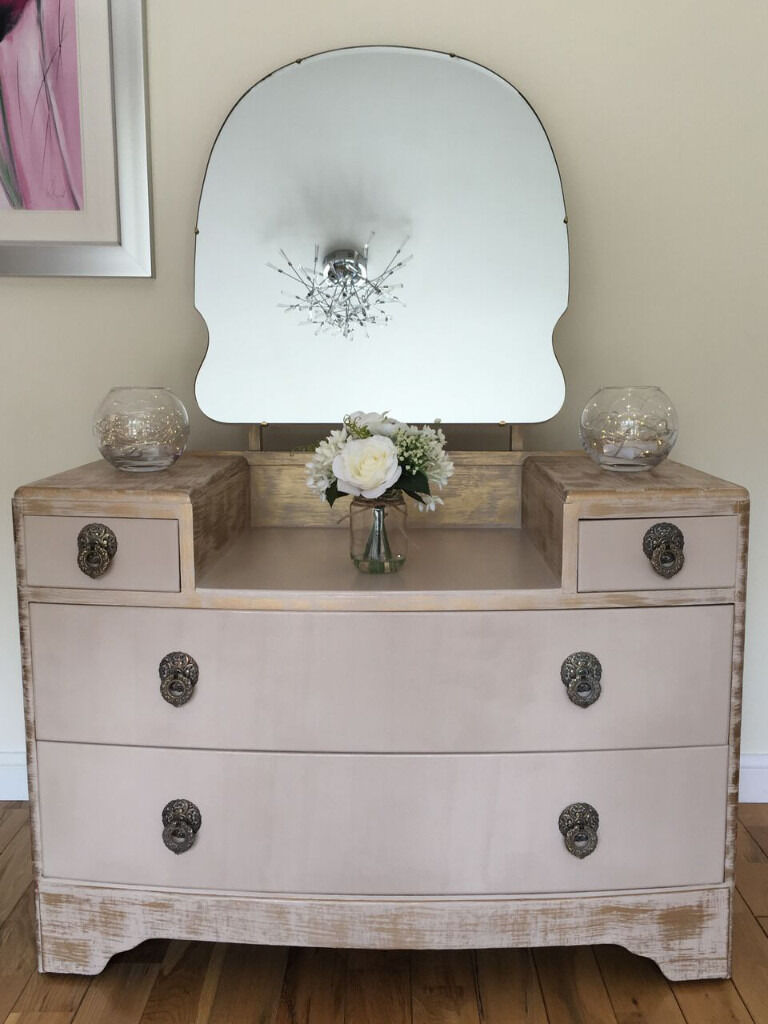 Vintage Cream Gold Dressing Table