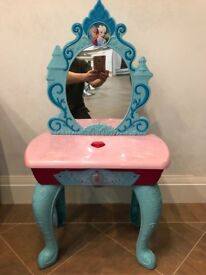 Disney Frozen childrens dressing table