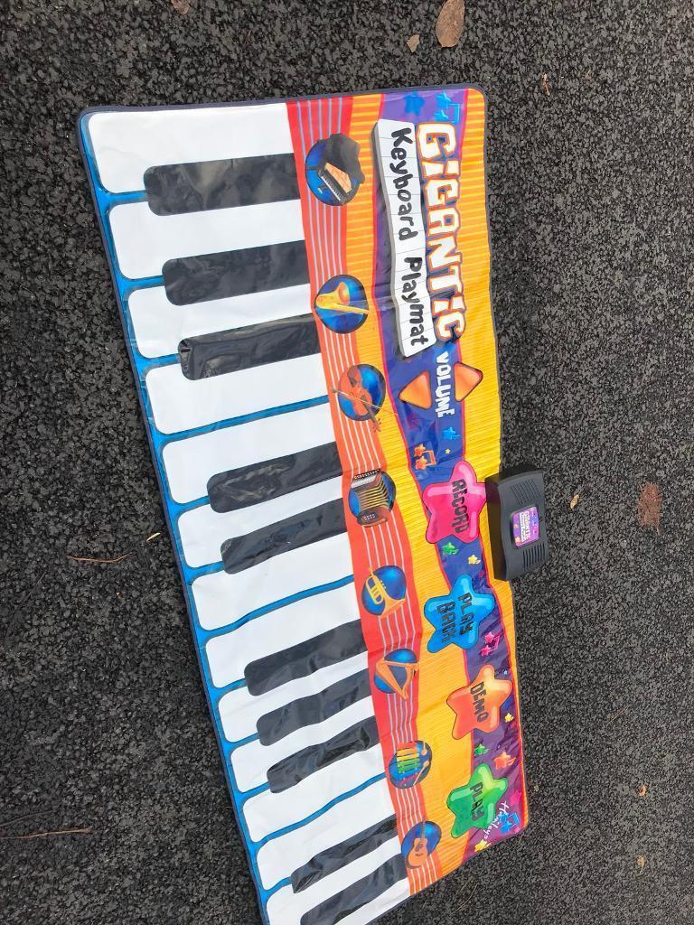 GIGANTIC PIANO.