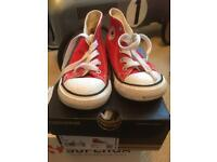 Infant converse red size 7