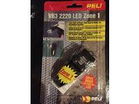 PELI 2220 VB3 Versabright LED Torch