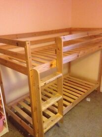 Double bunk bed for kids