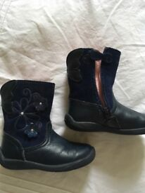Start-rite 4f blue leather/suede boots