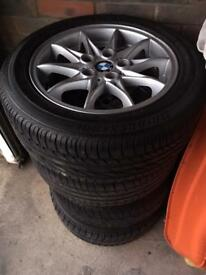 4 newly refurbished BMW Z4 wheels with tyres